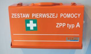 first-aid-kit-441309_640