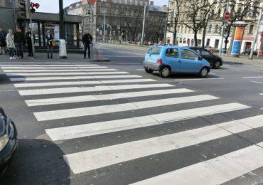 zebra-crossing-377532_1920