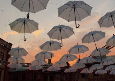 umbrellas-912980_1920parasole