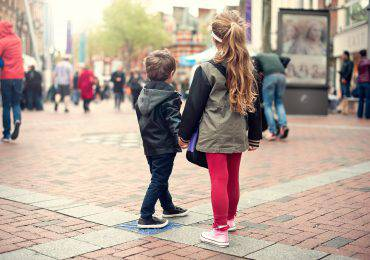 girl and boy lost in the city