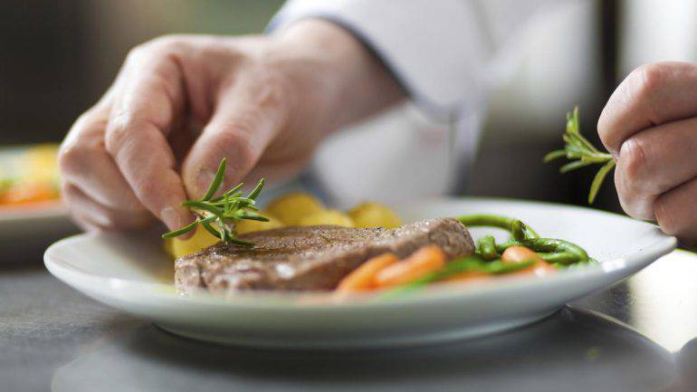 cooking-chef-generic-thinkstock-1200xx2122-1194-0-111