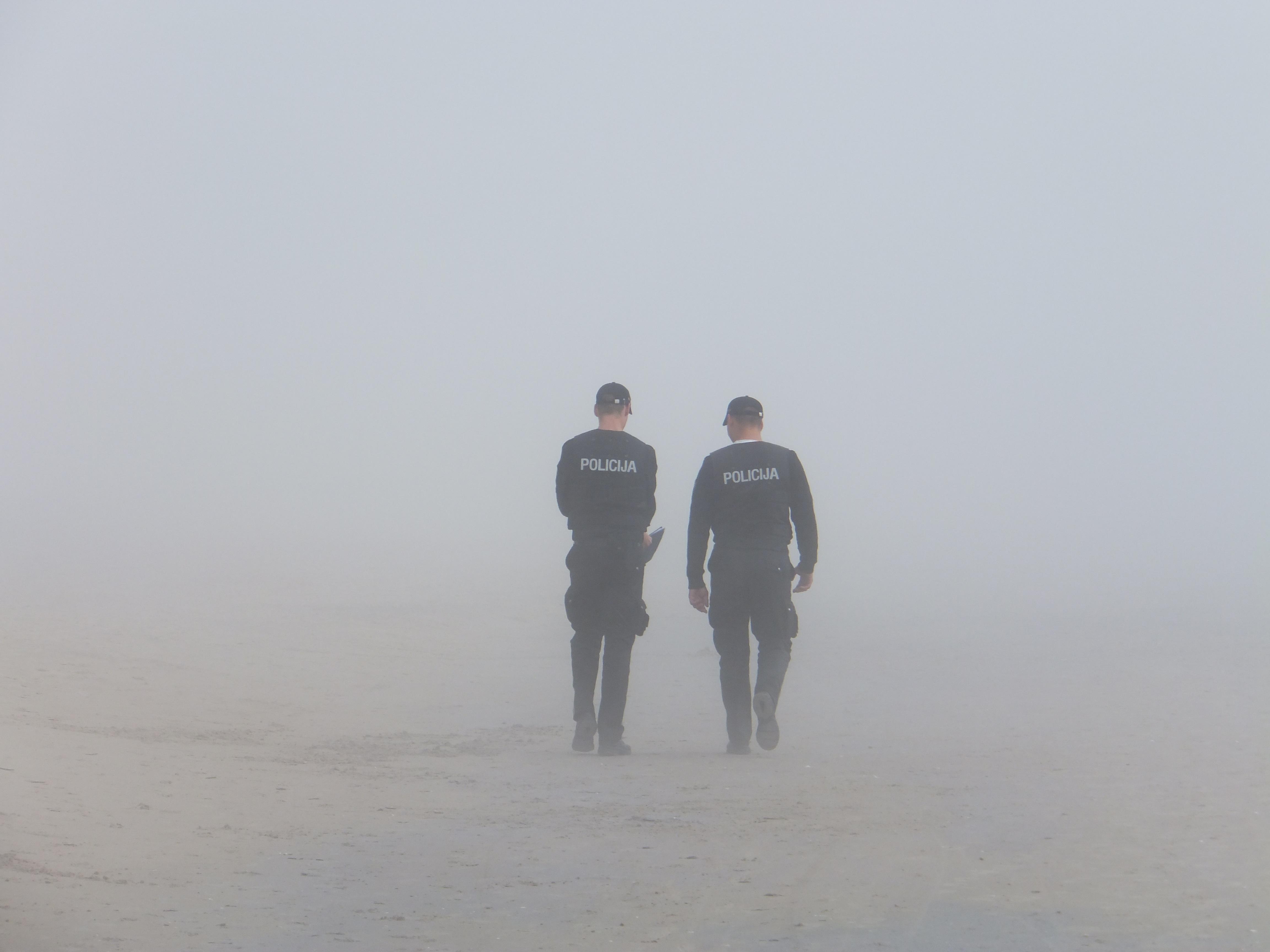policja smog maski antysmogowe