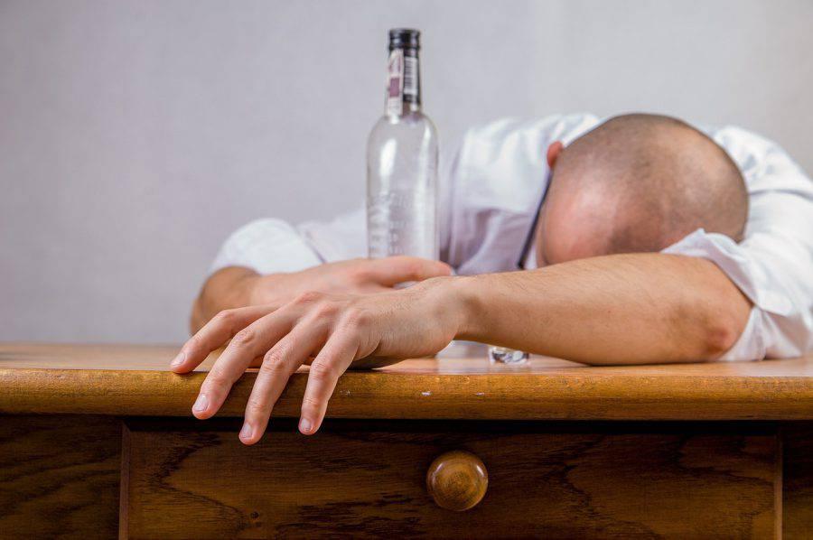 pijany wódka alkohol