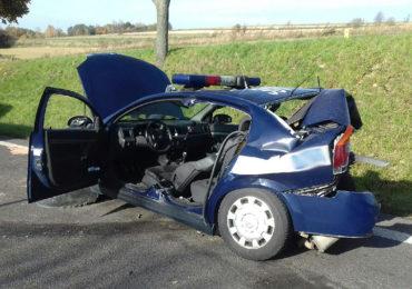 Wypadek z udziałem radiowozu w Łopienniku