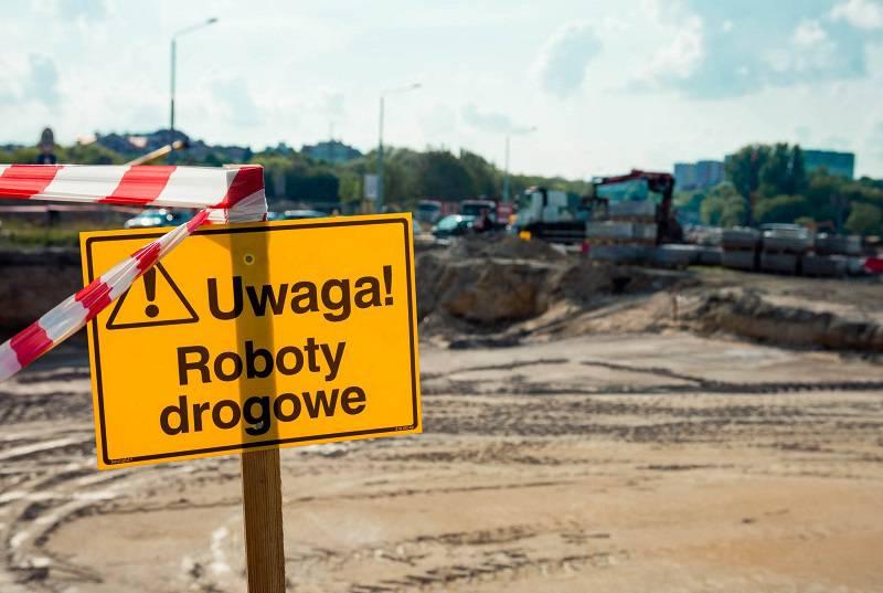roboty drogowe znak utrudnienia
