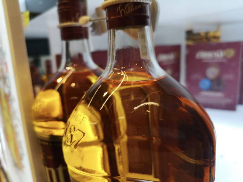 butelka whisky alkohol