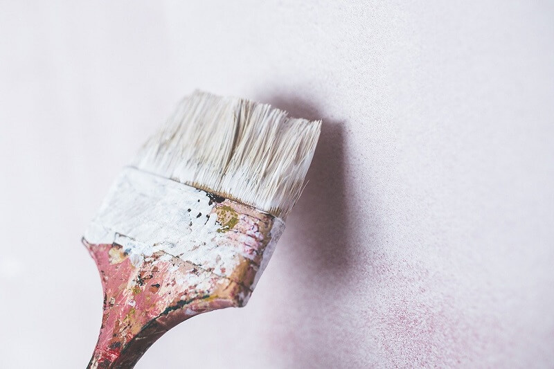 pędzel farba ściana malowanie