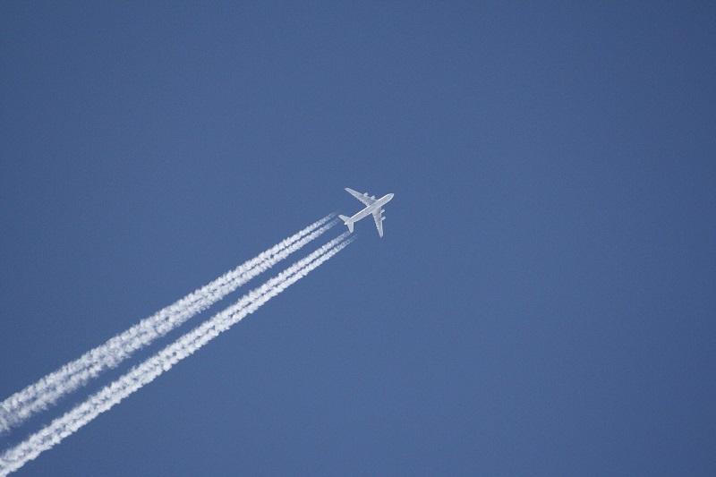 samolot na niebie Antonow An-225 Mrija