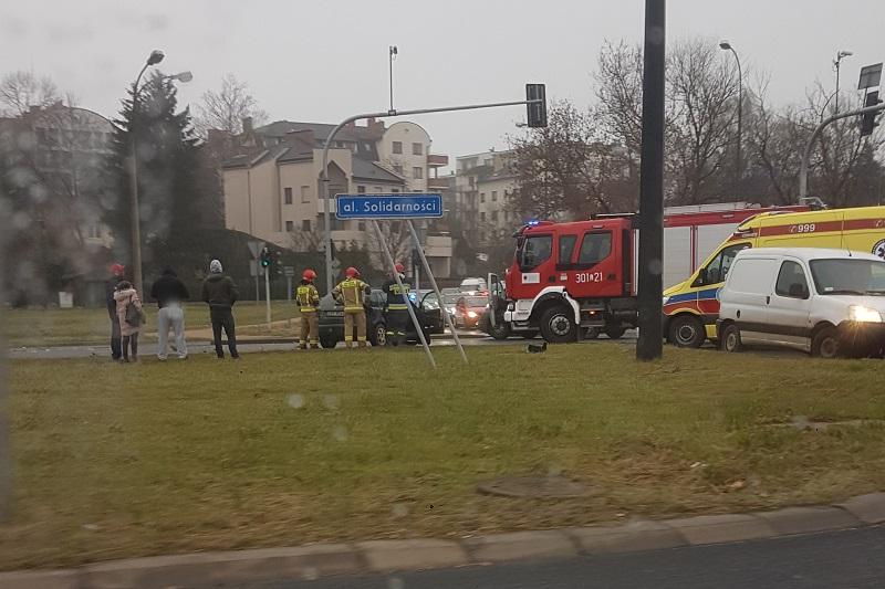 Wypadek na skrzyżowaniu al. Solidarności i ul. Prusa w Lublinie