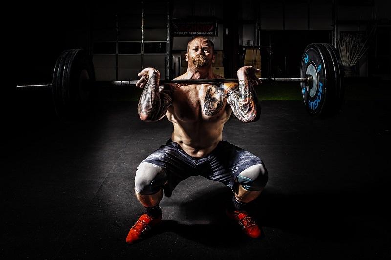 zawodnik siłownia