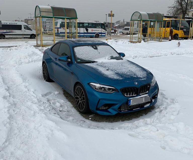 Policjanci z Lublina odzyskali skradzione BMW na terenie Niemiec | fot. KMP Lublin