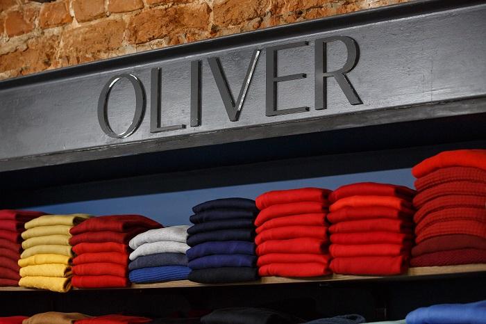 Sklep z koszulami męskimi OLIVER przy ul. Lubartowskiej   fot. Krystian Paździor