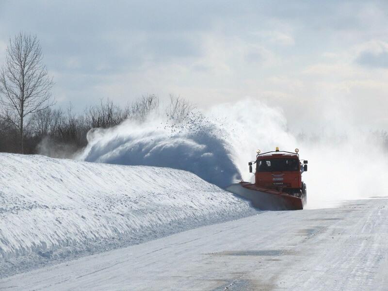 pług piaskarka odśnieżenia droga śnieg zima zaspa