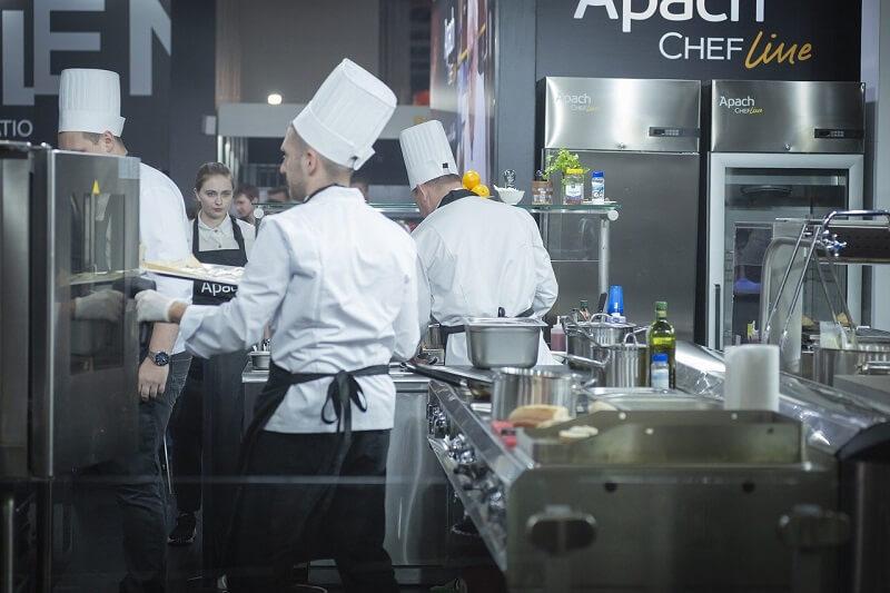 restauracja kuchnia kucharze gotowanie