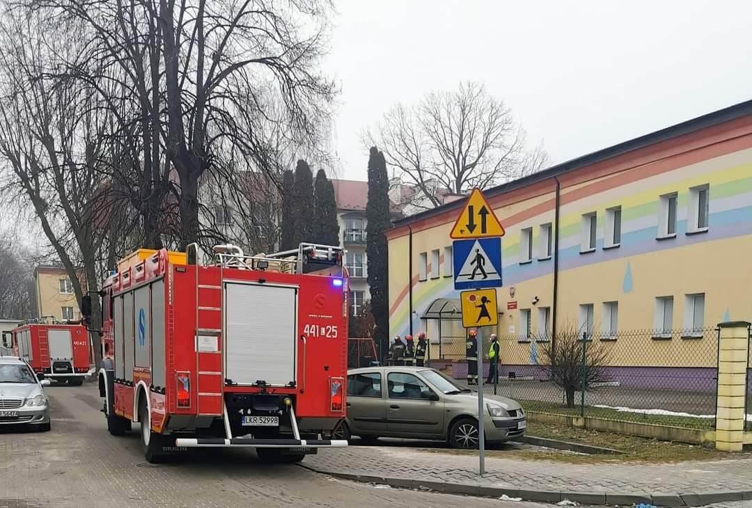 Alarm bombowy w Przedszkolu Miejskim nr 2 w Kraśniku | fot. Wojciech Wilk