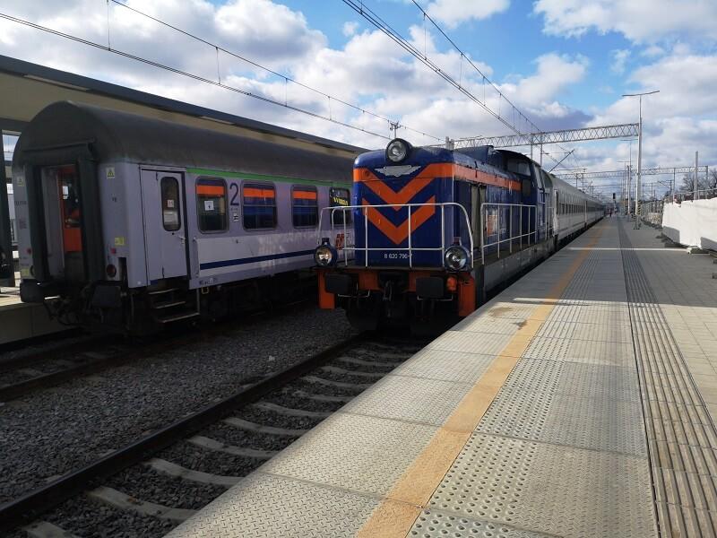 dworzec główny lublin pociąg pkp intercity