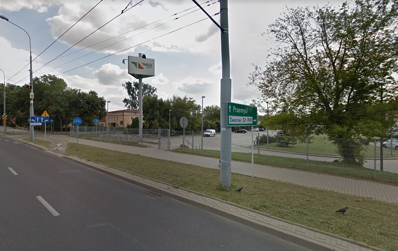 Ruszają prace nad budową nowej drogi dojazdowej do dworca autobusowego | Mapy Google