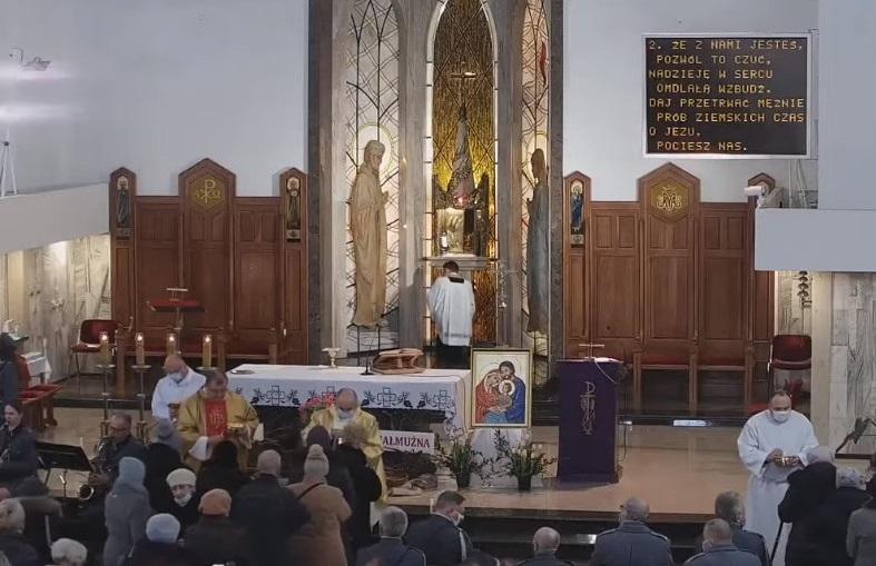 Sytuacja podczas niedzielnej mszy w parafii św. Rodziny na Czubach w Lublinie