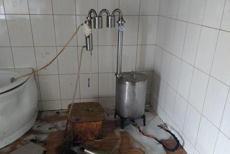 Destylator bimbru w domu 26-latki z powiatu lubelskiego