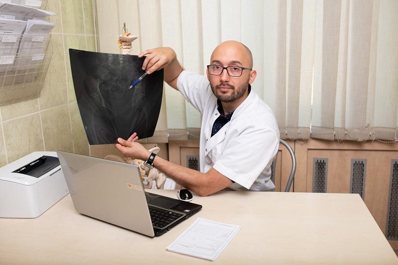 Fizjoterapeuta mgr Jarosław Muzykowski