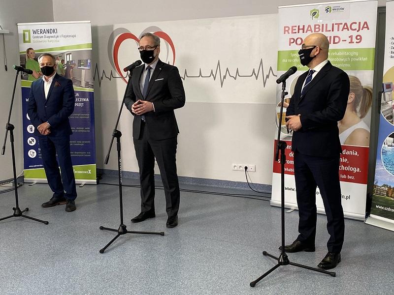 Minister zdrowia Adam Niedzielski z wizytą w Nałęczowie