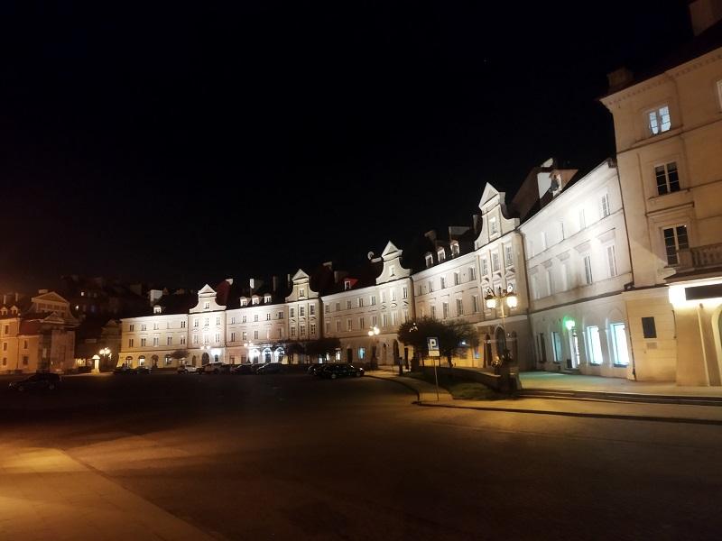 Plac Zamkowy w Lublinie rozbłysnął na nowo