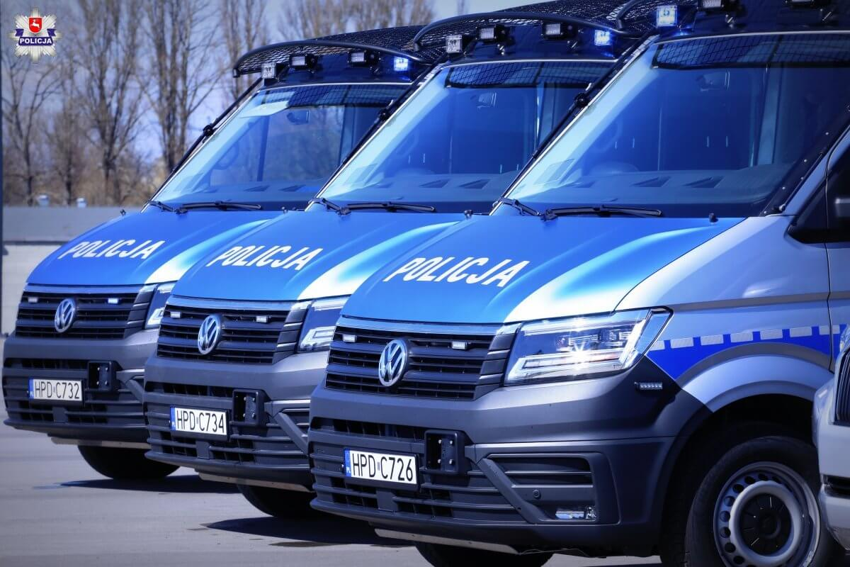 Nowe policyjne radiowozy Volkswageny Crafter