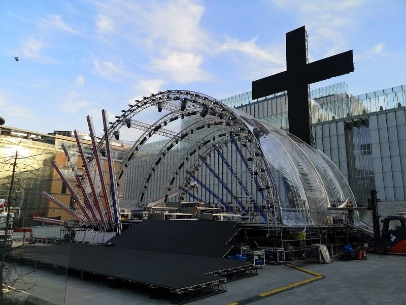 Przygotowania do piątkowego widowiska wielkopostnego w Lublinie