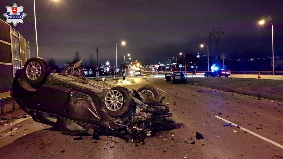 Wypadek na skrzyżowaniu ul. Piaseckiej z al. Tysiąclecia w Świdniku
