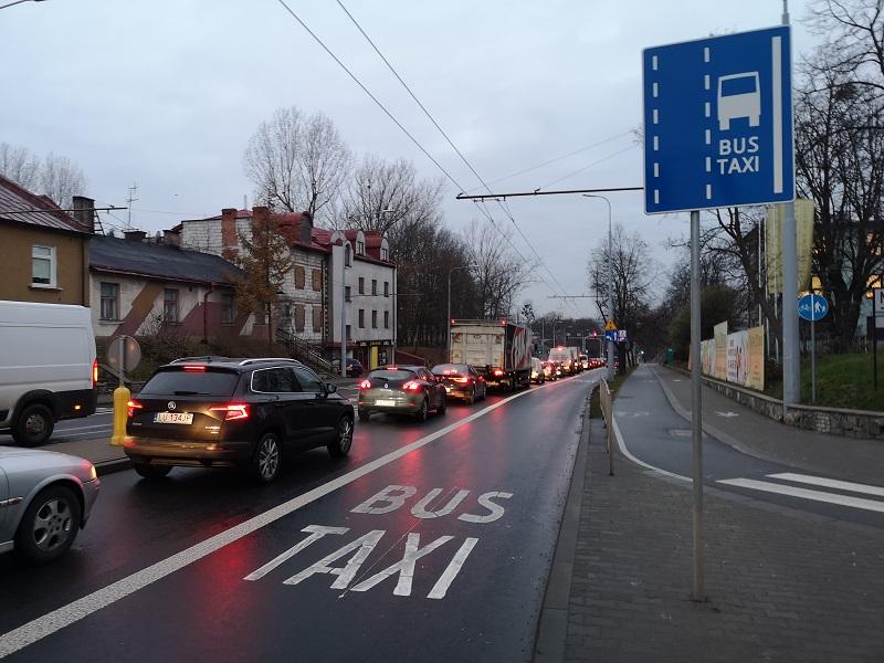 Buspas na ul. Droga Męczenników Majdanka w Lublinie