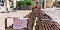 Malowanie ławek na deptaku