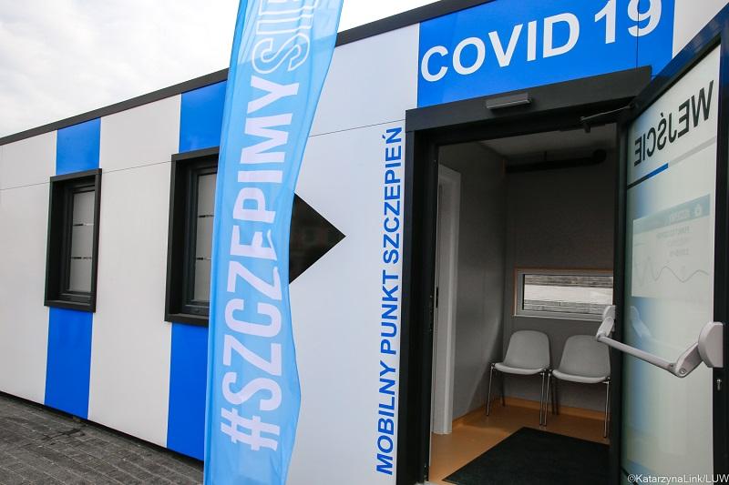 Mobilny punkt szczepień przeciw Covid-19