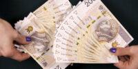 pieniądze 200 złotych banknoty