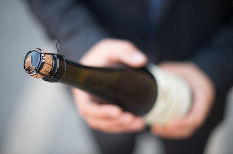 butelka wina musującego szampana alkohol