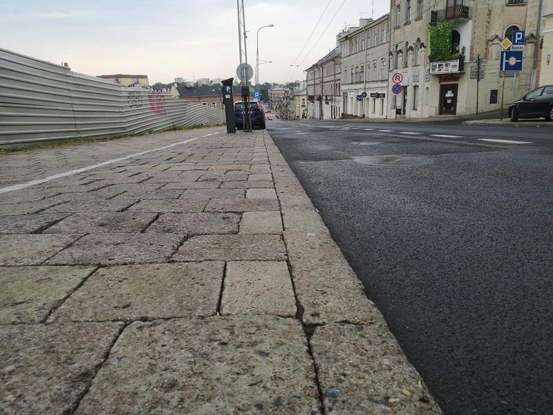 chodnik na ulicy lubartowskiej lublin