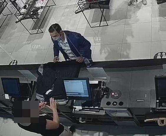 Mężczyzna oszukał ekspedientki podczas płacenia za zakupy