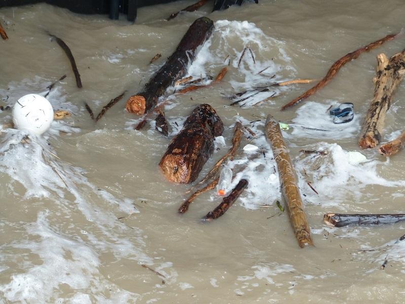 powódź ulewa deszcz zalanie