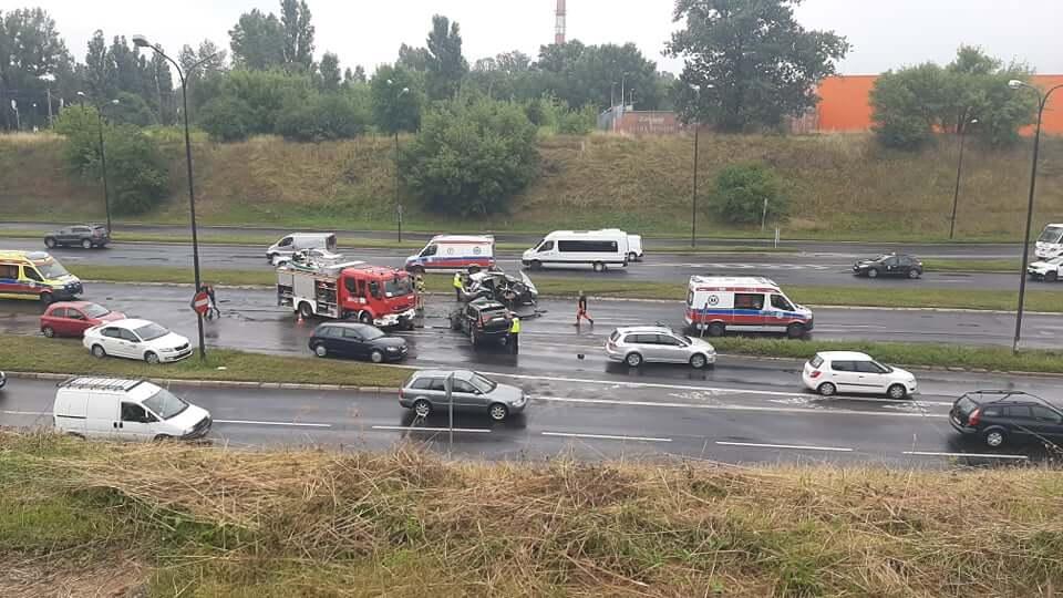 wypadek witosa jeep volkswagen zablokowana ulica