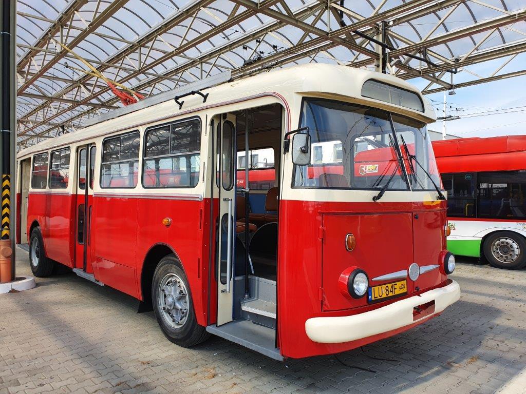 Trolejbus Skoda 9 Tr po odrestaurowaniu