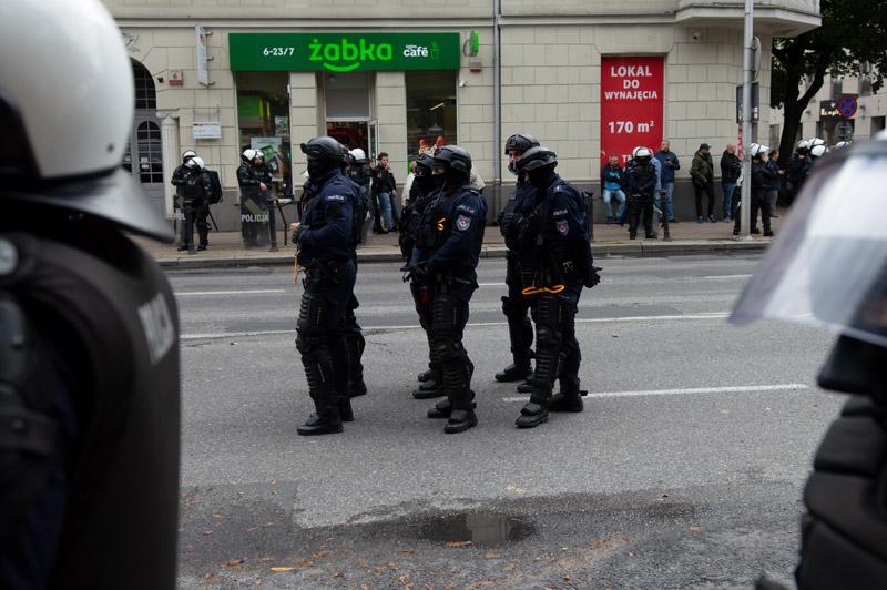 Policjanci zabezpieczający Marsz Równości w Lublinie