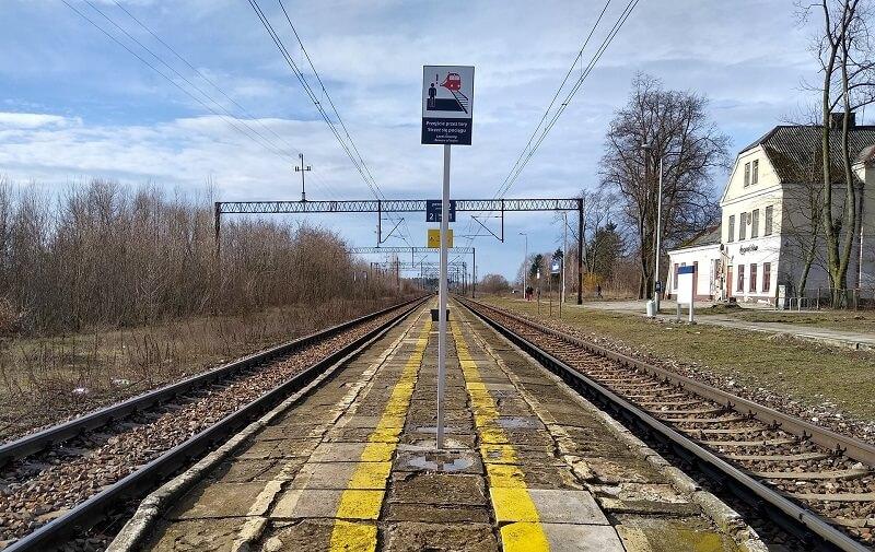 Przystanek kolejowy Leopoldów