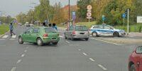 Kierowca volkswagena wjechał w radiowóz na skrzyżowaniu